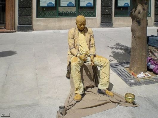 Living Statues Around The World