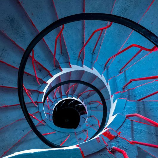 Mesmerizing Examples Of Spiral Staircase Photography