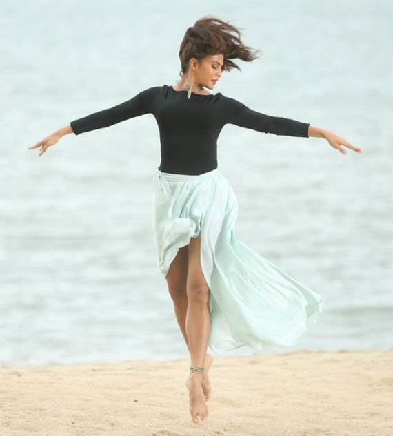 Jacqueline Fernandez Ballet Dance