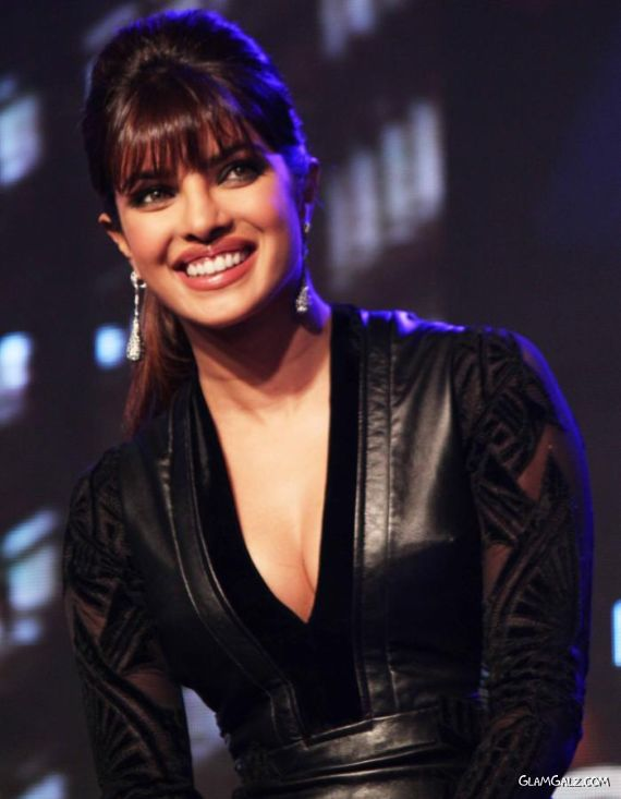 Priyanka Chopra Unveils Her Album In My City