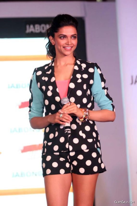 Gorgeous Deepika Padukone At Jabong Event