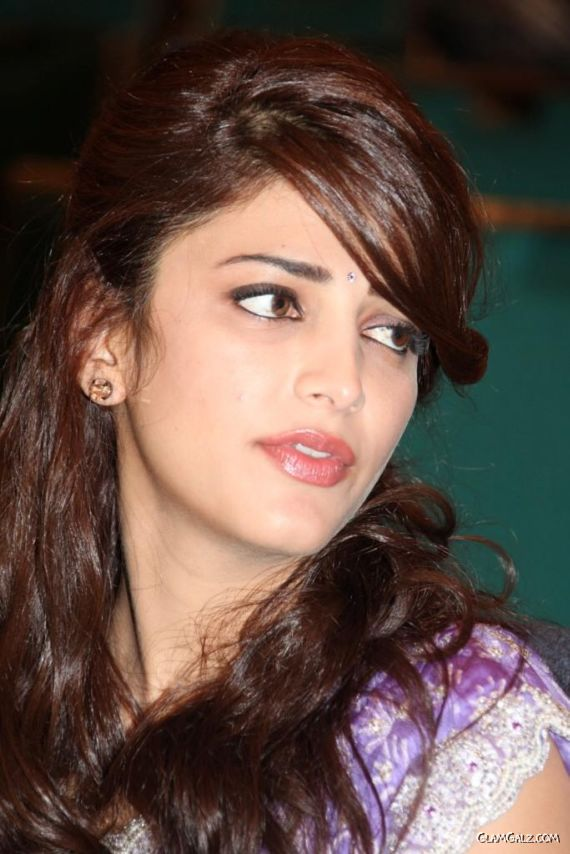 Shruti Haasan At Balupu Movie Logo Launch