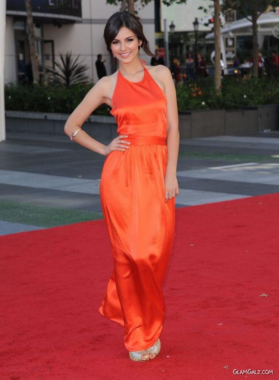 Cute Victoria Justice Creative Arts Emmy Awards