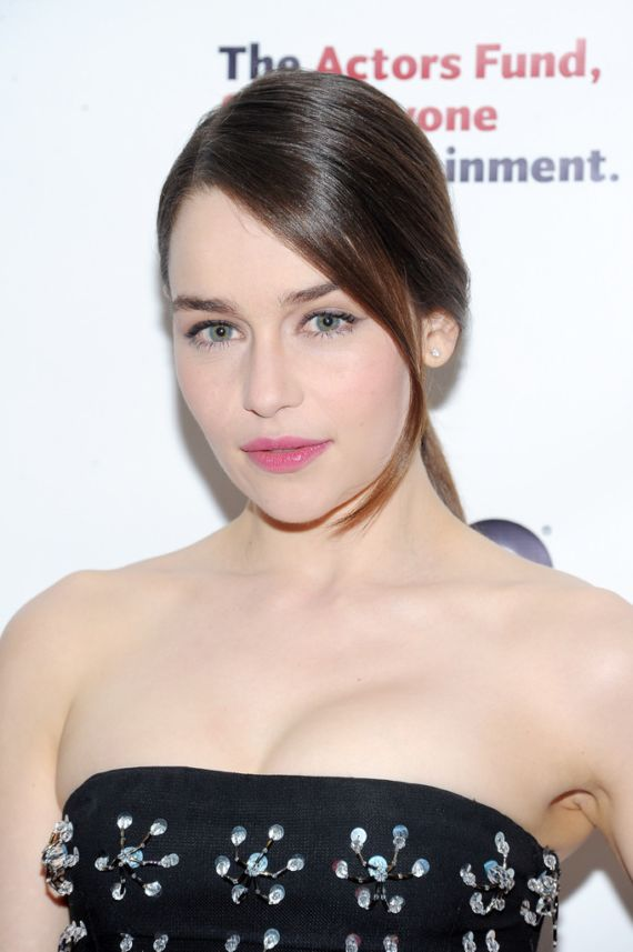 Awsome Emilia Clarke in Black Dress