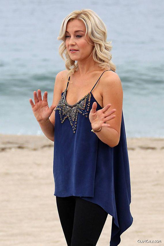 Kellie Pickler Performs On Redondo Beach