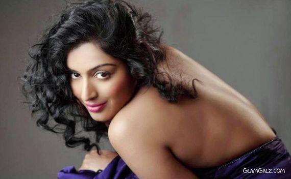Padma Priya Exclusive Photoshoot