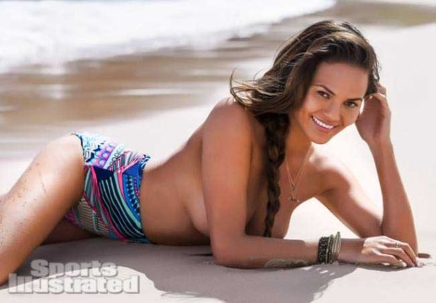 Chrissy Teygen For Sports Illustrated Swimsuit Shoot